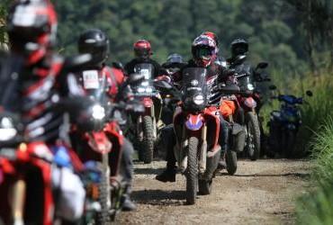 Pengguna Honda CRF250 Rally Kumpul-kumpul di Taman Nasional Gunung Halimun Salak